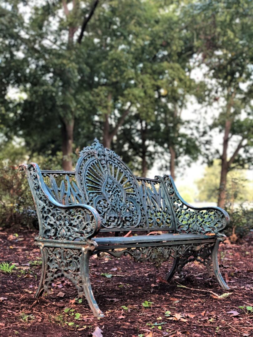 rustic vintage park bench,Serenata Farm in Madison, GA